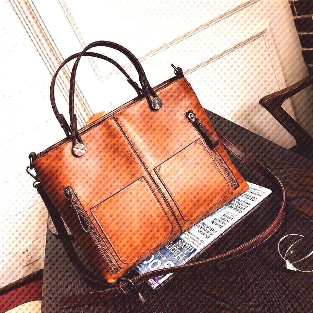 Luxury Tote Bags for Women  Price: $ 32.40 & FREE Shipping  You can find Chibi and more on our webs