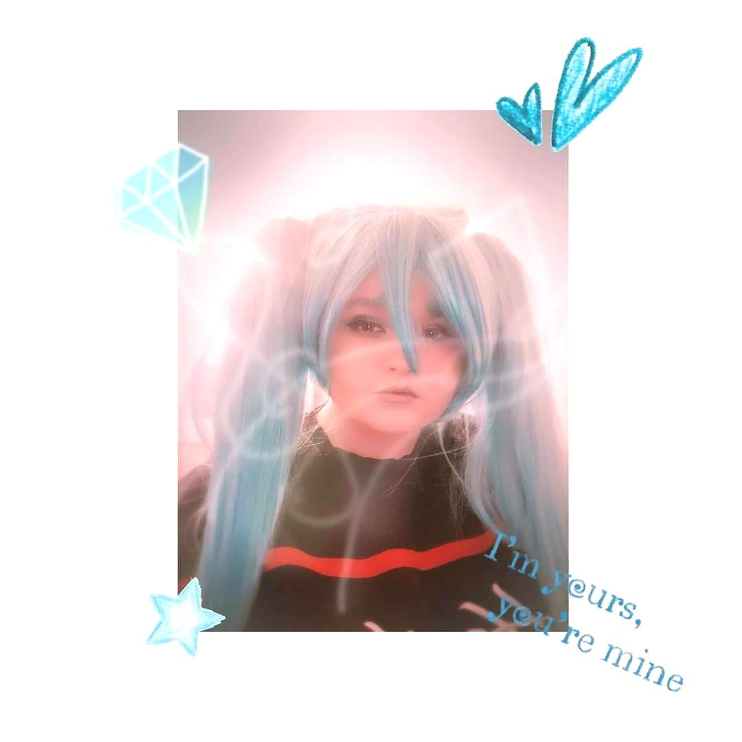 My new editing style and my first try at Miku! . . .