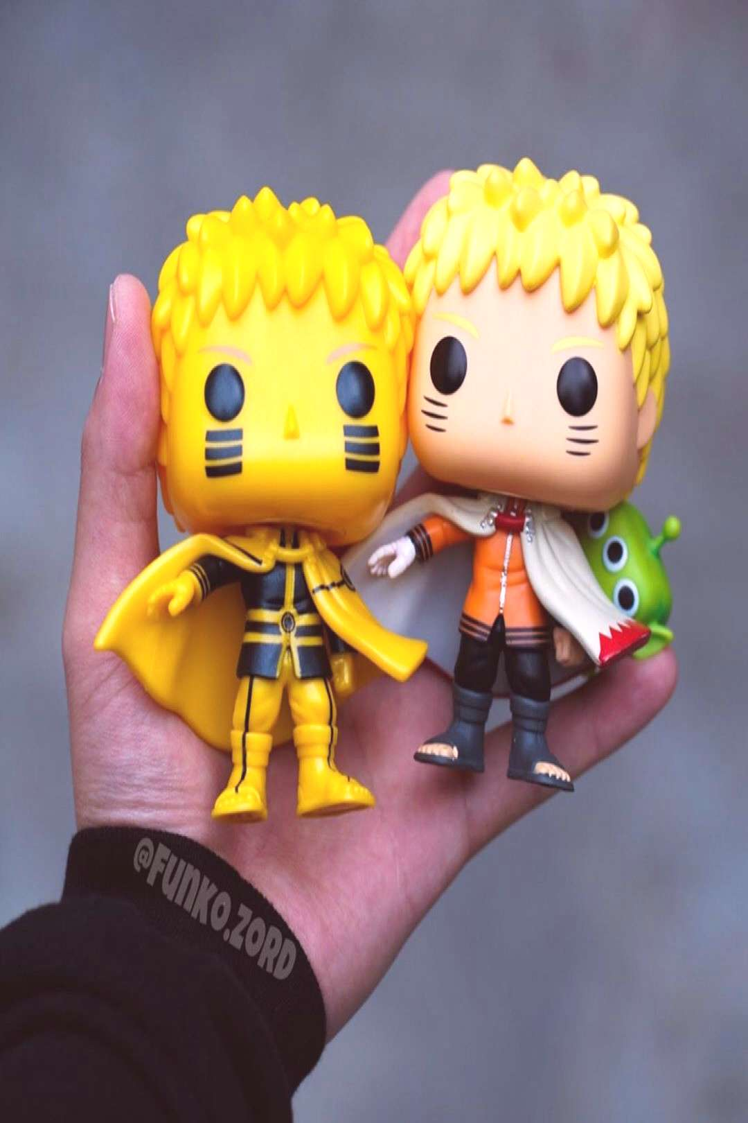 Naruto as Hokage! * Only had to order two and got the chase!!! *